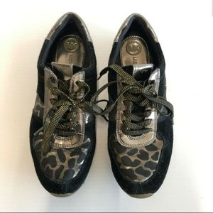 Michael Kors women Leopard print Shoes lace up